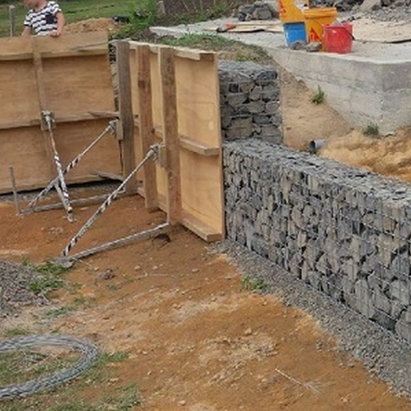gabion shuttering while filling